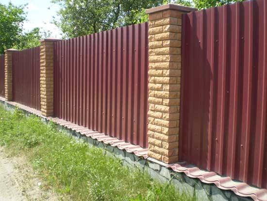 Сделать кирпичный забор